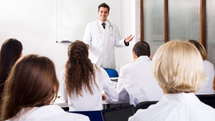 社会人の医学部再受験の理由とは?チャレンジは何歳になってもできる?